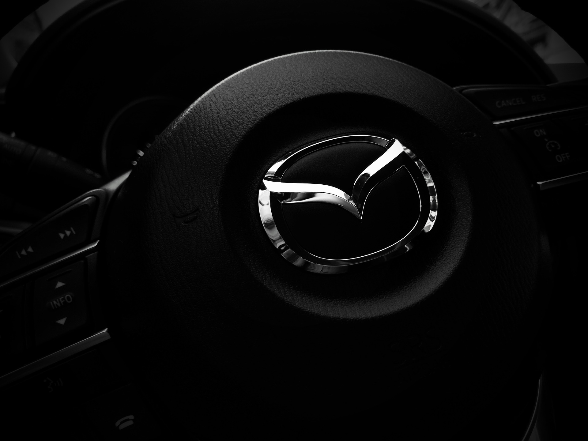 You are currently viewing Mazda RX500 Gave Off An Antique Prediction Of What The Future Held